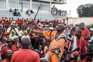 Etelä-Afrikassa järjestettiin toukokuun 2019 alussa kuudennet demokraattiset vaalit apartheiden päättymisestä tullessa täyteen 25 vuotta. Vaalien alla maan suurin ammattiyhdistys COSATU, Etelä-Afrikan kommunistinen puolue (SACP) ja Afrikan kansalliskongressi (ANC) järjestivät vappumielenosoituksen Durbanissa. Kuva: Rajesh Jantilal / AFP / Lehtikuva