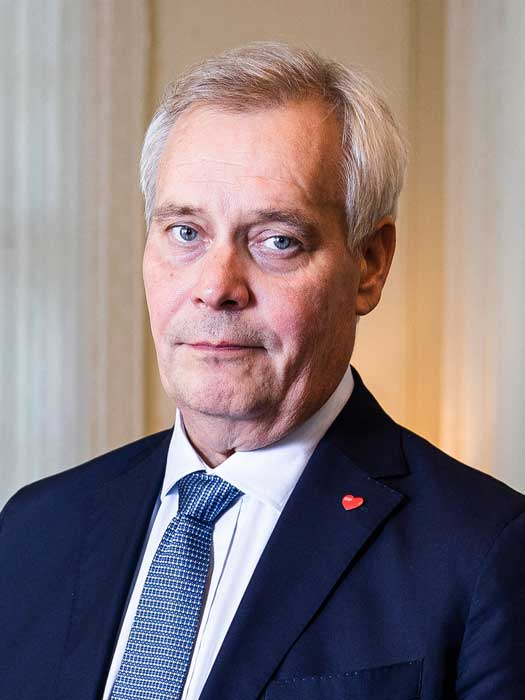 Haastateltavana pääministeri Antti Rinne. Kuva: Jussi Pohjavirta / Ruotuväki