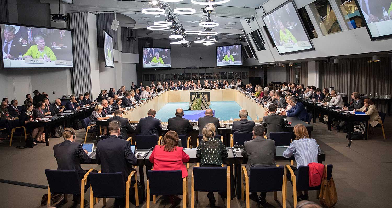 EU:n puolustusministerit keskustelivat ensimmäistä kertaa tekoälystä ja ilmastonmuutoksesta puolustuksen näkökulmasta Helsingissä syyskuussa 2019. Kuva: Lauri Heikkinen/valtioneuvoston kanslia