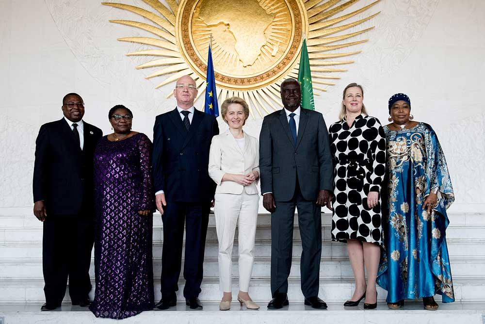 Etiopian matkalla komissaari Urpilainen ja komission puheenjohtaja von der Leyen vierailivat myös Afrikan unionin päämajassa Addis Abebassa. Kuva: Etienne Ansotte / EC – Audiovisual Service