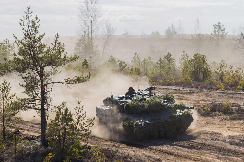 Leopard 2A6 taistelupanssarit ovat Maavoimien iskukyvyn kärki. Kuva: Puolustusvoimat