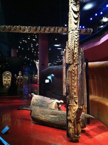 Musée du Quai Branlyn kokoelmat Pariisissa kattavat noin 370 000 esinettä muun muassa Afrikasta, Aasiasta ja Yhdysvalloista. Kuva: Susanna Pettersson